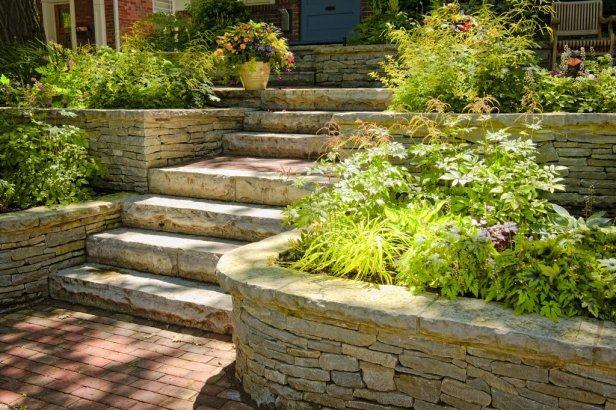ogrodowe schody kamienne