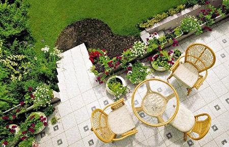 Taras jako naturalna granica pomiędzy domem a ogrodem