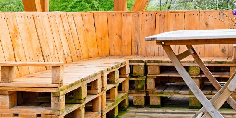 Jak wykonać meble ogrodowe z europalet?